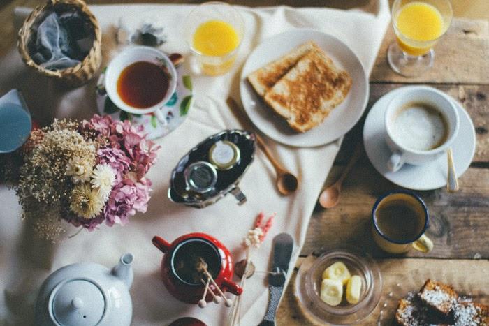 Decoración mesa desayuno