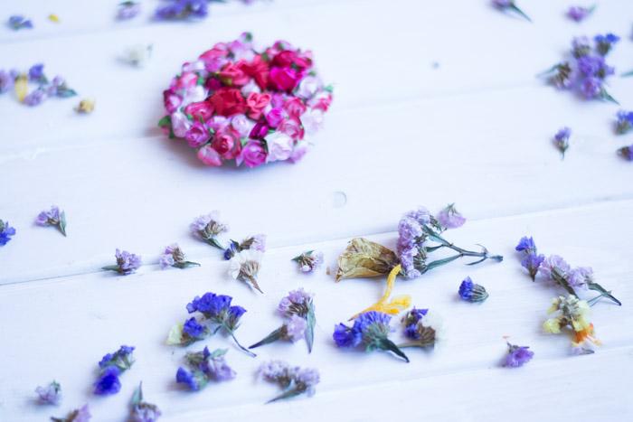 Espejo de mano con flores diy