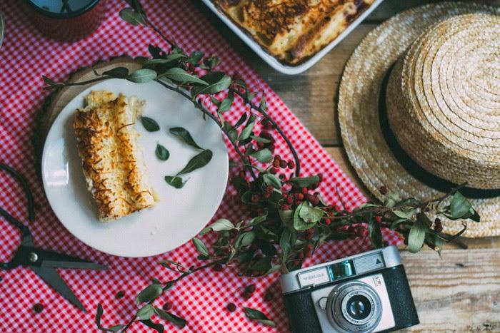 Canelones de pollo y almendras