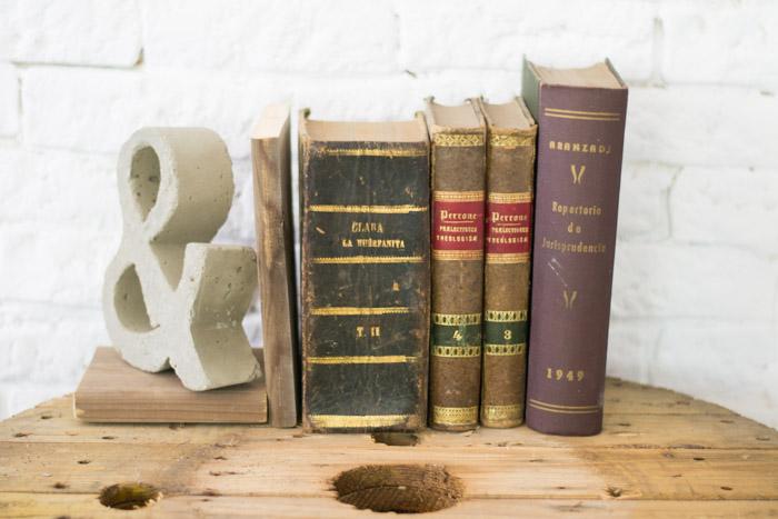 Reposa libros diy